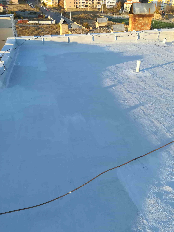 ремонт на покриви с изомакс